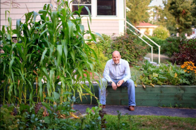 Erik Jacobs / Student Farmer, Photographer, and Blogger / The Farm School & Plough and Stars Project